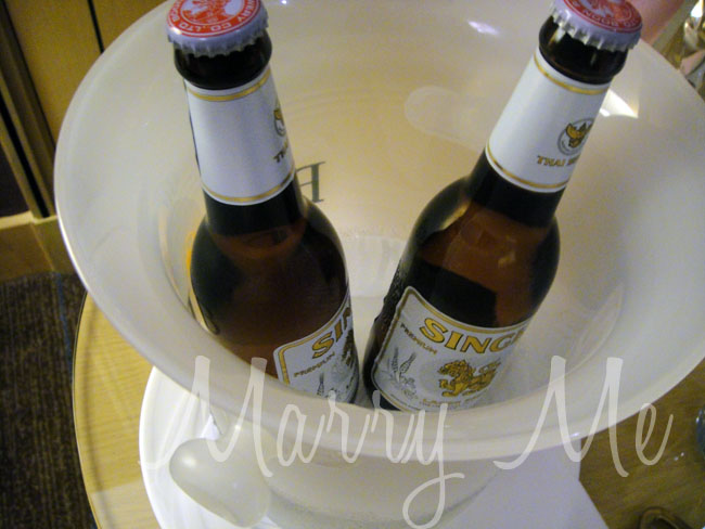 Beer-in-room-Holiday-Inn-Silom-thailand