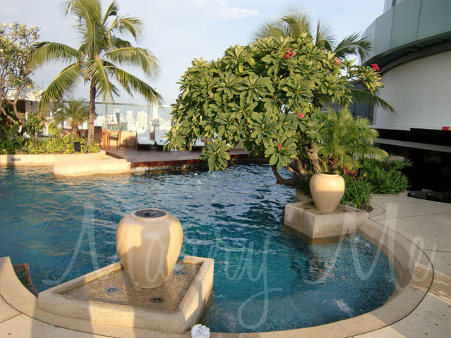pool-side-intercon-thailand