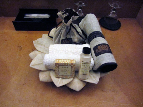 bathroom-amenities-suryagarh-jaisalmer