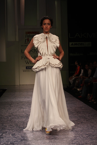 Swapnil Shinde at Lakme Fashion week