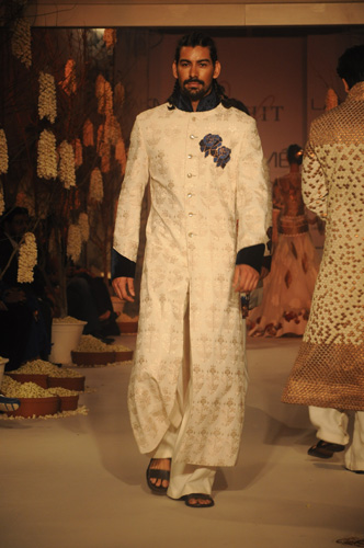 Rohit Bal Designs for Lakme Fashion week