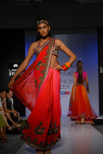 Nishika Lulla at Lakme Fashion week 2011
