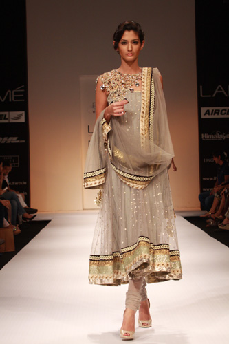 Payal Singhal at Fashion Week 2011