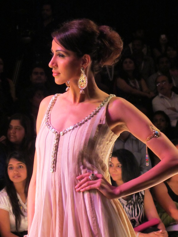 Anmol Jewellers at IIJW 2011