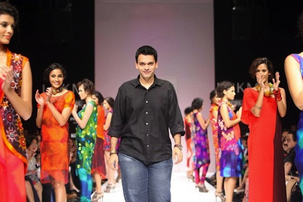 Nachiket Barve collection at Lakme Fashion Week 2011