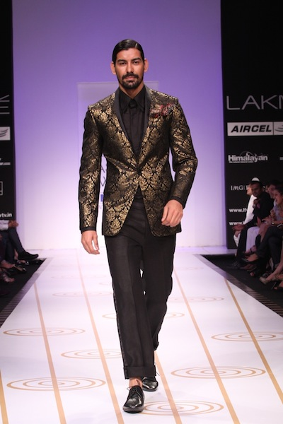 Narendra Kumar at Lakme Fashion Week 2011