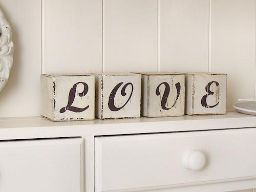 Love-Blocks-for-wedding-day