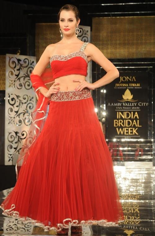 Jyostna Tiwari at India Bridal Week