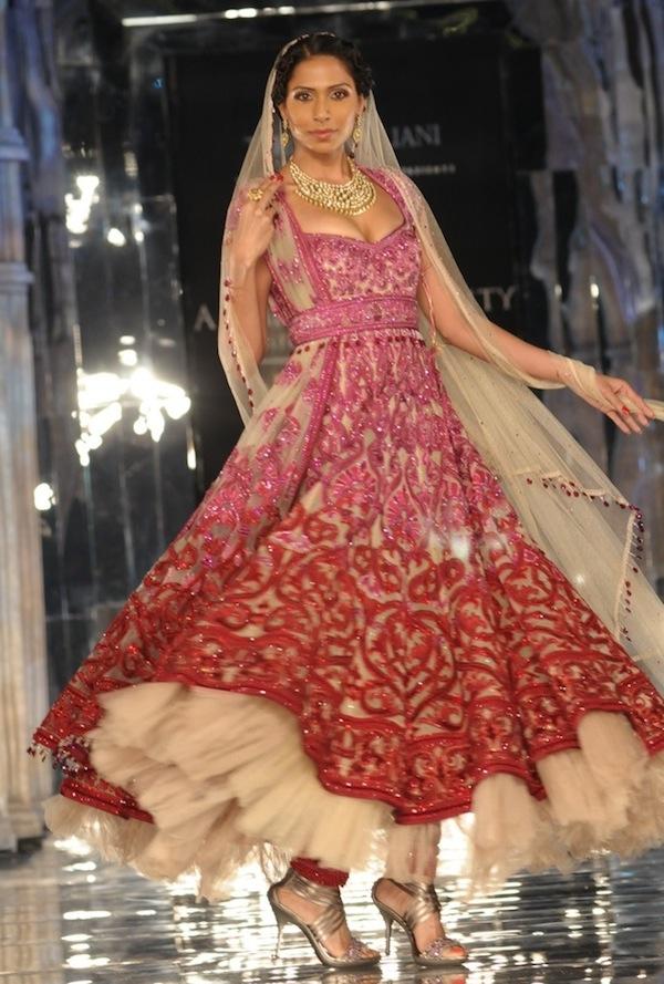 Tarun Tahiliani bridal collection 2011