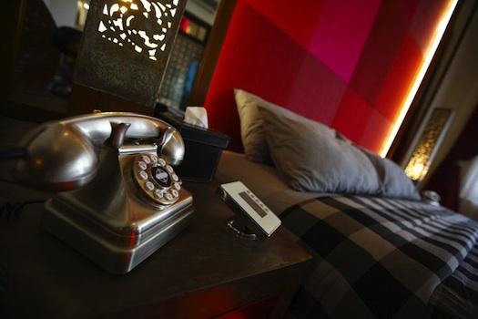 retro phone at Casa Colombo
