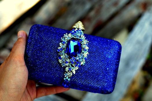 blue clutch for wedding