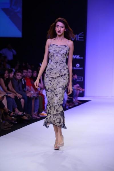 Shehlaa khan's amazing clothes showcased at Lakme Fashion week