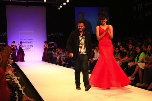 models walking the ramp for Jatin Varma