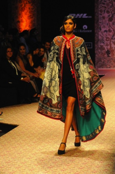 Model in Ritu Kumar at Lakme Fashion week