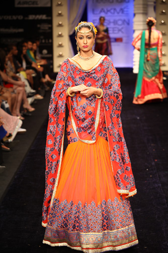 Neeta-Lulla's collection at Lakme Fashion week