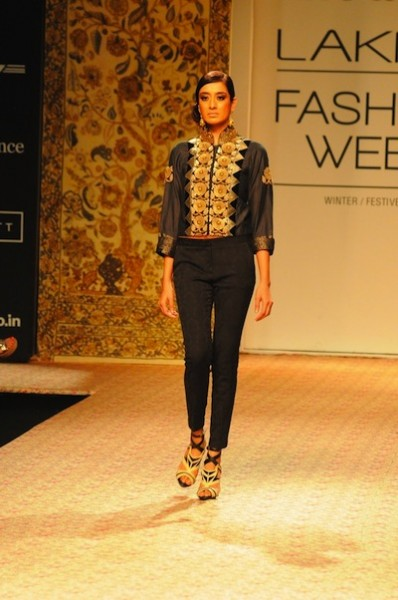 Ritu Kumar collection at Lakme Fashion week