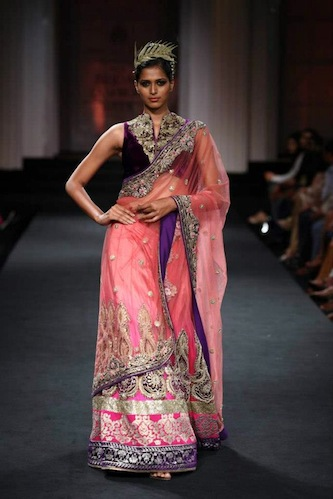 pink-saree-in-lakme-fashion-week