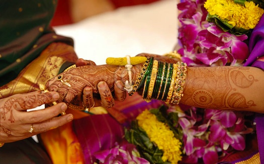 maharashtrian-wedding-bangles