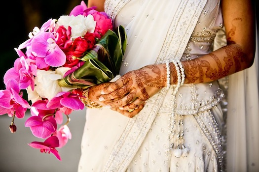 fresh flowers bouquet Indian bride