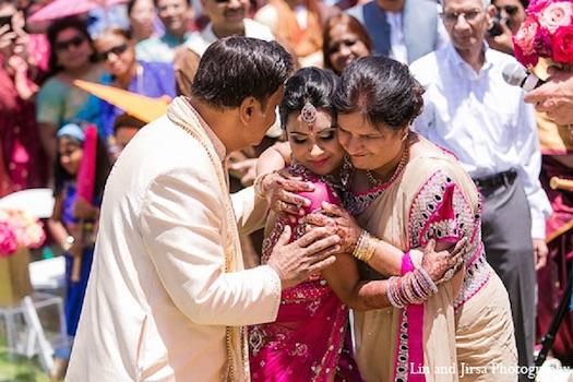 parents at Indian wedding
